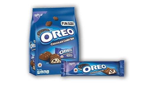OREO cookie candy bar packages.