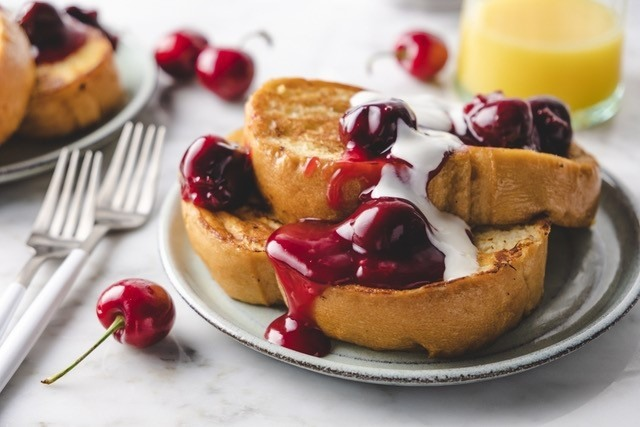 Quick Cherry French Toast