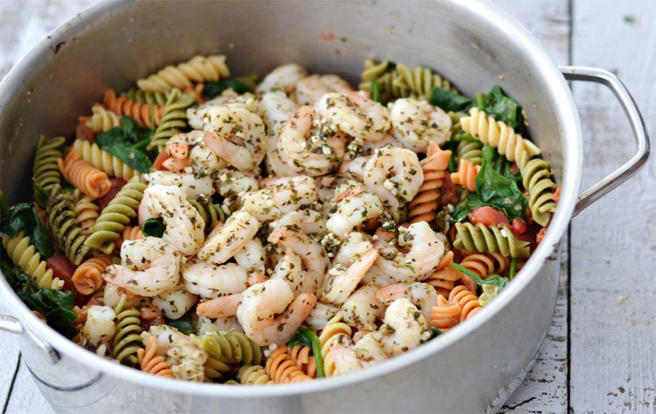 image of Easy Tomato Spinach Shrimp Pasta