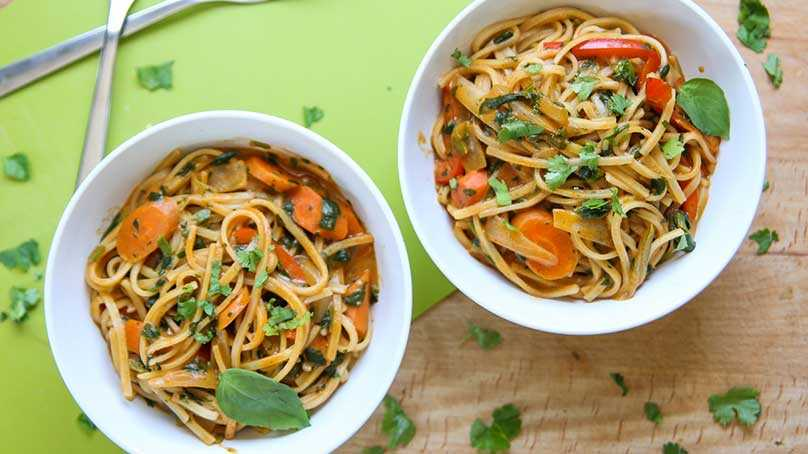 image of One Pot Veggie Red Curry Noodles
