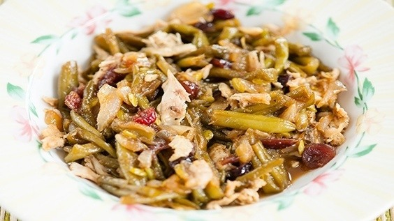 Cranberry Chicken and Beans
