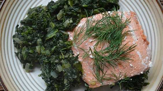 image of Roasted salmon with spinach