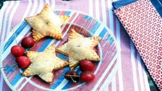 image of Star-Spangled Hand Pies