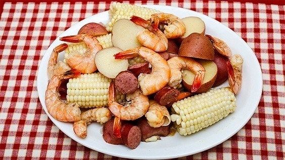 Low Country Shrimp Boil with Smoked Sausage